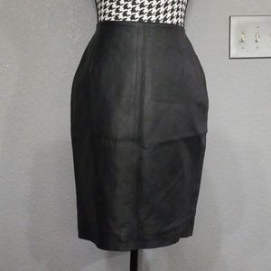 Stylish VTG Leather Pencil Skirt